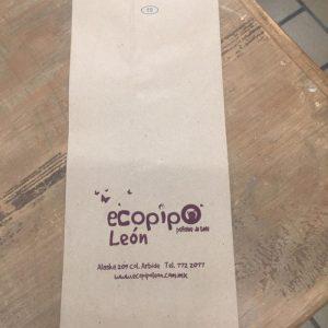 Bolsa de papel estraza para entrega de producto